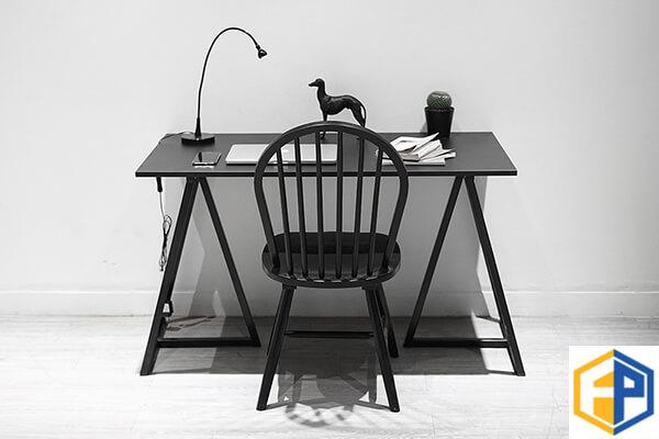Lựa chọn các mẫu bàn làm việc văn phòng đẹp hiện đại - 2