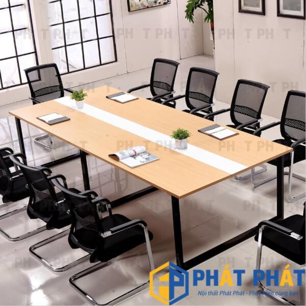 Bàn họp chân sắt hiện là xu hướng trong lựa chọn nội thất văn phòng - 2